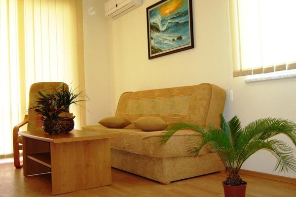 Nessebar and Holiday Fort Apartments - фото 1