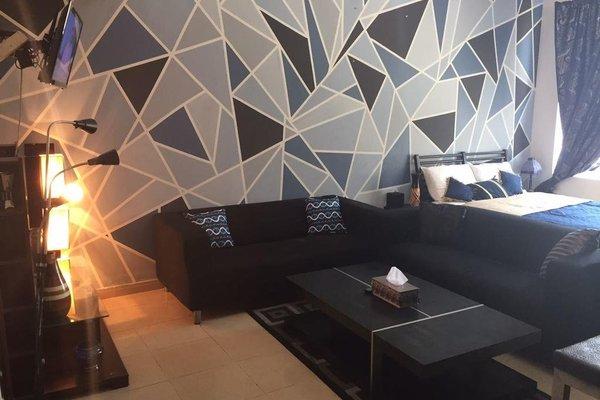 Studio Apartment in Ajman - фото 2