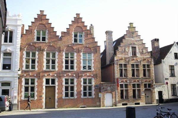 B&B Saint-Sauveur Bruges - фото 22