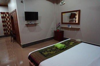 Phetphaylin Hotel - фото 10