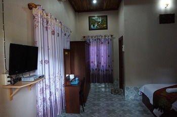 Phetphaylin Hotel - фото 17
