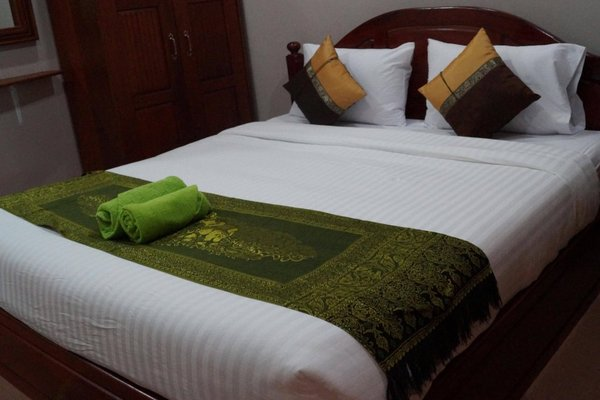Phetphaylin Hotel - фото 4
