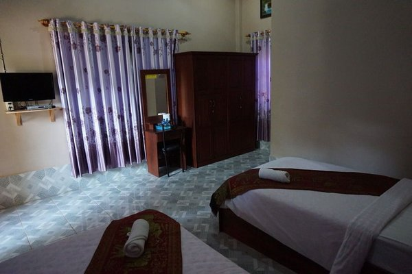 Phetphaylin Hotel - фото 8