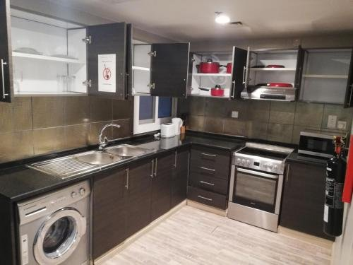 Boulevard City Suites Hotel Apartments - фото 9