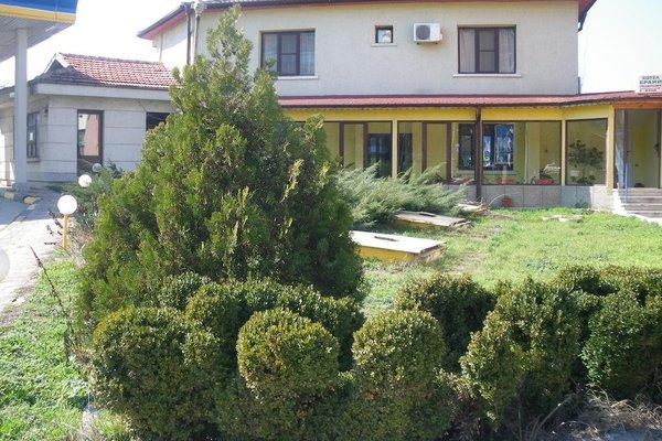 Brani Family Hotel - фото 15