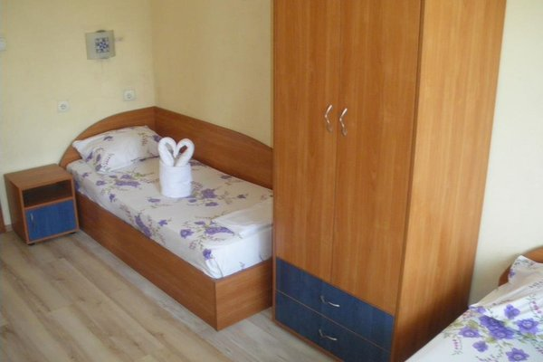 Brani Family Hotel - фото 2