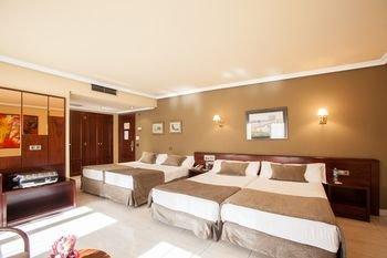 Imperial Atiram Hotel - фото 2