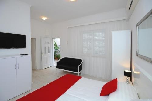 Apartments Emi - фото 1