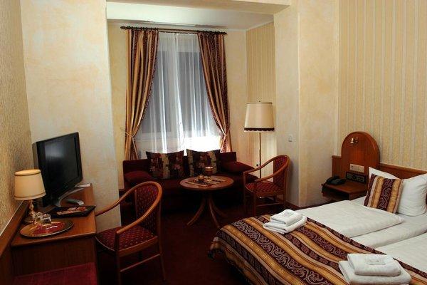 Hotel Schwarzer Bar - фото 1