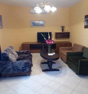 Guest House Yanina - фото 5