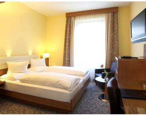 Hotel Weisses Kreuz - фото 2