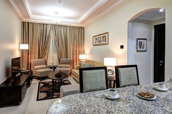 Adamo Hotel Apartments (ех. White Feather Hotel Apartments) - фото 3