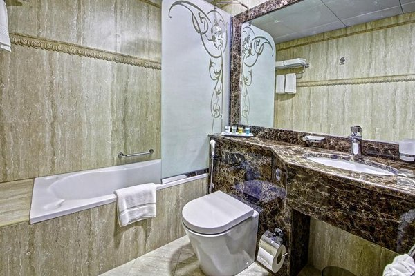 Adamo Hotel Apartments (ех. White Feather Hotel Apartments) - фото 8