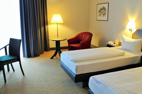 Hotel Worth - фото 2