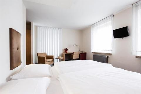 Hotel Global Inn - фото 2