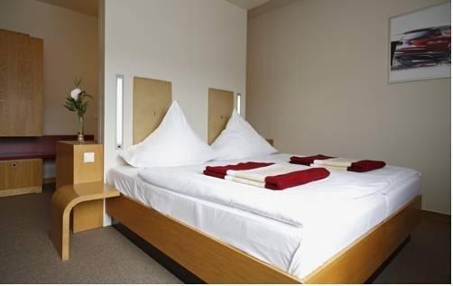 Hotel Global Inn - фото 3