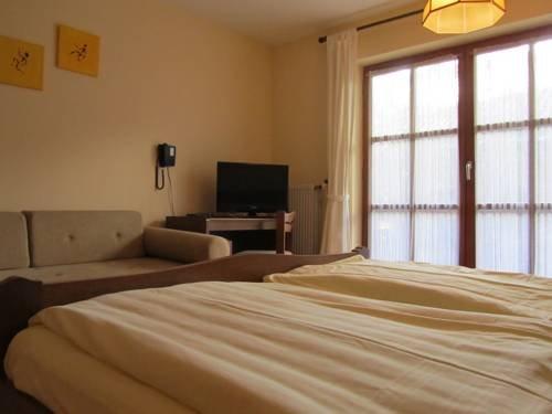 Hotel Gasthof Humplbrau - фото 2