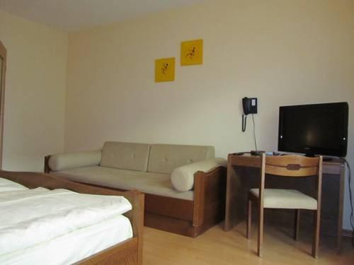 Hotel Gasthof Humplbrau - фото 8