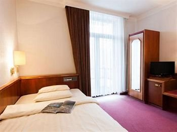 Centro Hotel Klee am Park - фото 1