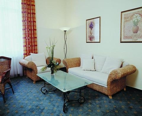 Favored Hotel Hansa - фото 7