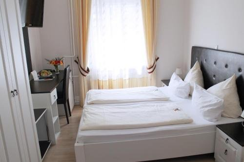 Hotel Am Schloss Biebrich - фото 50
