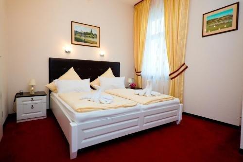 Hotel Am Schloss Biebrich - фото 1