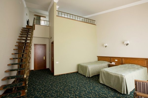 Hotel Russia - фото 4