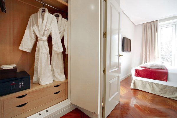 Luxury Suites - фото 10