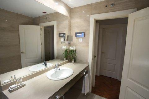 Luxury Suites - фото 8
