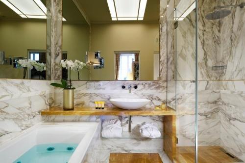 San Firenze Suites & Spa - фото 10
