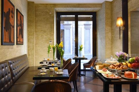 San Firenze Suites & Spa - фото 13