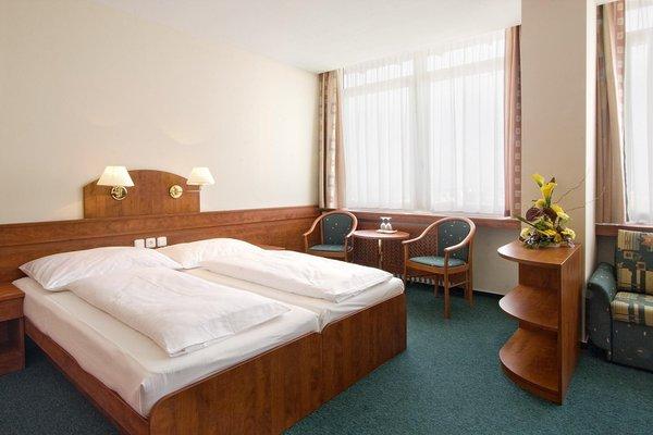 Gomel Hotel Ceske Budejovice - фото 2