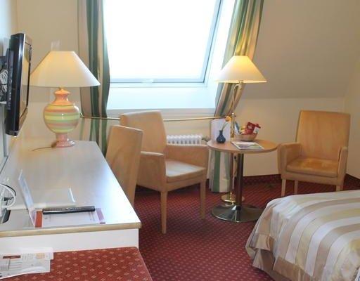 Panoramahotel Waldenburg - фото 1