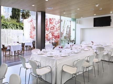 Alenti Sitges Hotel & Restaurant - фото 11