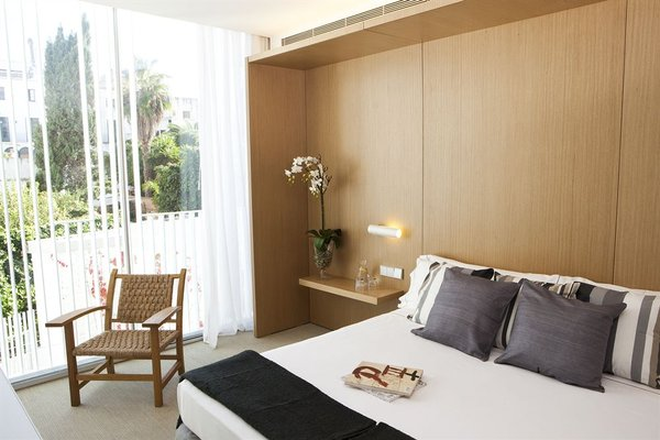 Alenti Sitges Hotel & Restaurant - фото 3