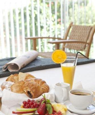 Alenti Sitges Hotel & Restaurant - фото 9