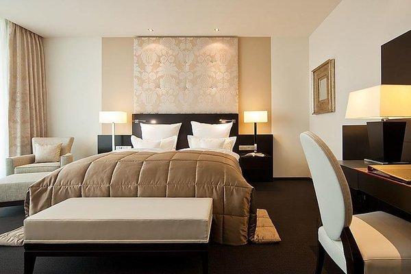 Relais & Chateaux Hotel Burg Schwarzenstein - фото 5