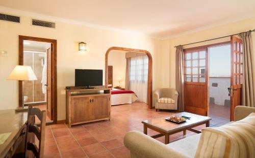 Hotel Melva Suite - фото 5