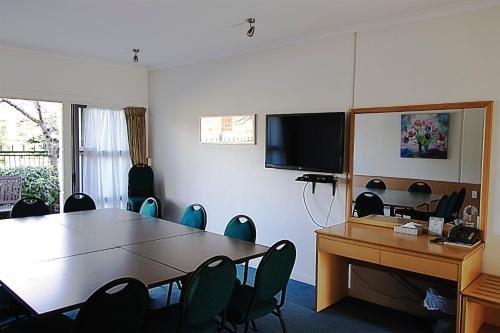 Saxton Lodge Motel - фото 14