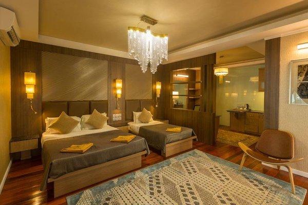 Coral View Island Resort, Куала-Бесут