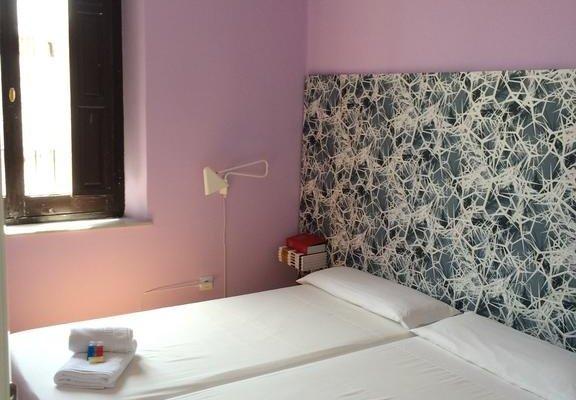 Polaroid Siesta Hostel - фото 1