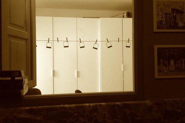 Polaroid Siesta Hostel - фото 19