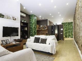 Апартаменты Home Around Gracia - фото 1