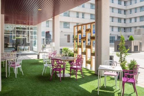 Tryp Madrid Airport Suites - фото 19