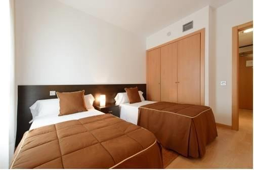 Tryp Madrid Airport Suites - фото 2