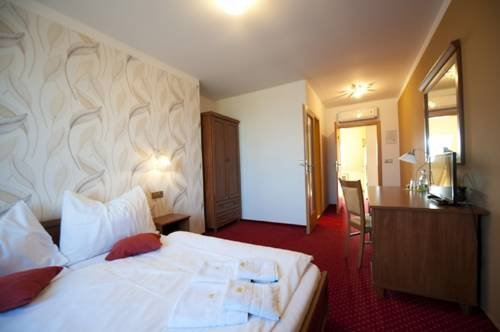 Hotel Garni Klaret - фото 1