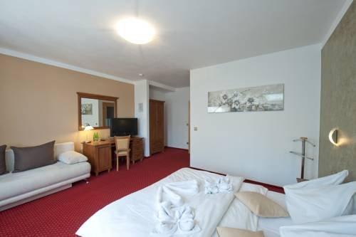 Hotel Garni Klaret - фото 4