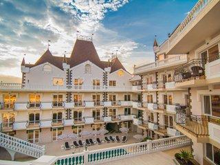 Фото отеля Kamelot Hotel