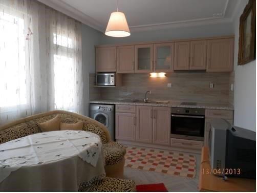 Maria Apartment - фото 1