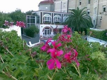Hotel Riviera Spotorno - фото 13
